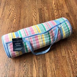 NWT Tommy Hilfiger Striped Beach Mat w/ Pillow
